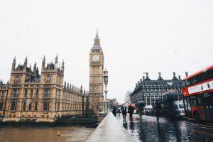 học bổng toàn phần UK
