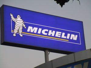co-hoi-gianh-chuyen-di-den-canada-qua-cuoc-thi-thiet-ke-michelin-challenge-design-2020-upcycle