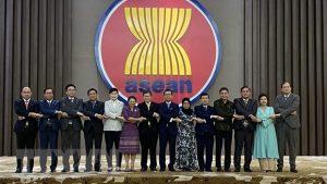 indonesia-co-hoi-lam-viec-tai-ban-thu-ky-asean-muc-luong-len-den-6-923-usd-va-tai-tro-toan-phan