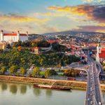 hoc-bong-toan-phan-chinh-phu-trao-doi-ngan-han-tai-slovakia-2020